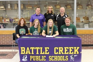 Tria McLean signs with Ohio University