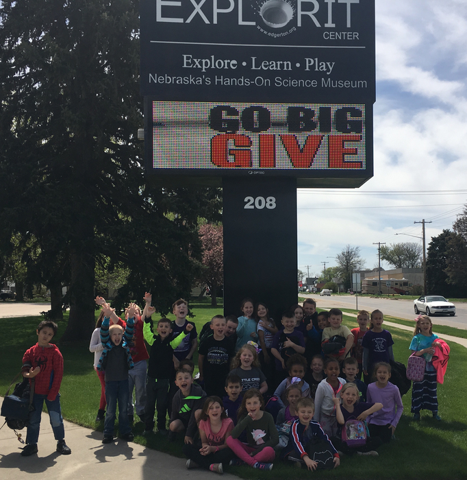 Budding first grade scientists visit the Explorit Center in Aurora💜